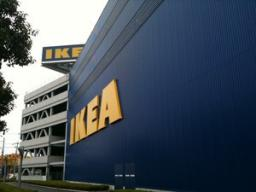 【DIYとインテリア生活】 IKEA家具をデッドスペースに活用収納上手♪