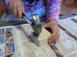 子供と遊ぶ 海の宝物発掘 100円均一おもちゃ♪