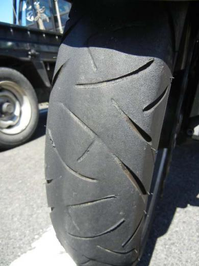 front_tire2012_1.jpg