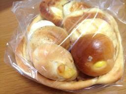 パンで作ったバスケット、一度食べてみたかったのよ~