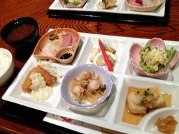 限定20食ランチ・これで1000円ポッキリョ!
