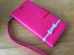 ピンクって好きじゃ無かったんだけど・・・前のスマホケースで使っててなかなかよかったから