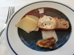 固いチーズ、実は好きなんです