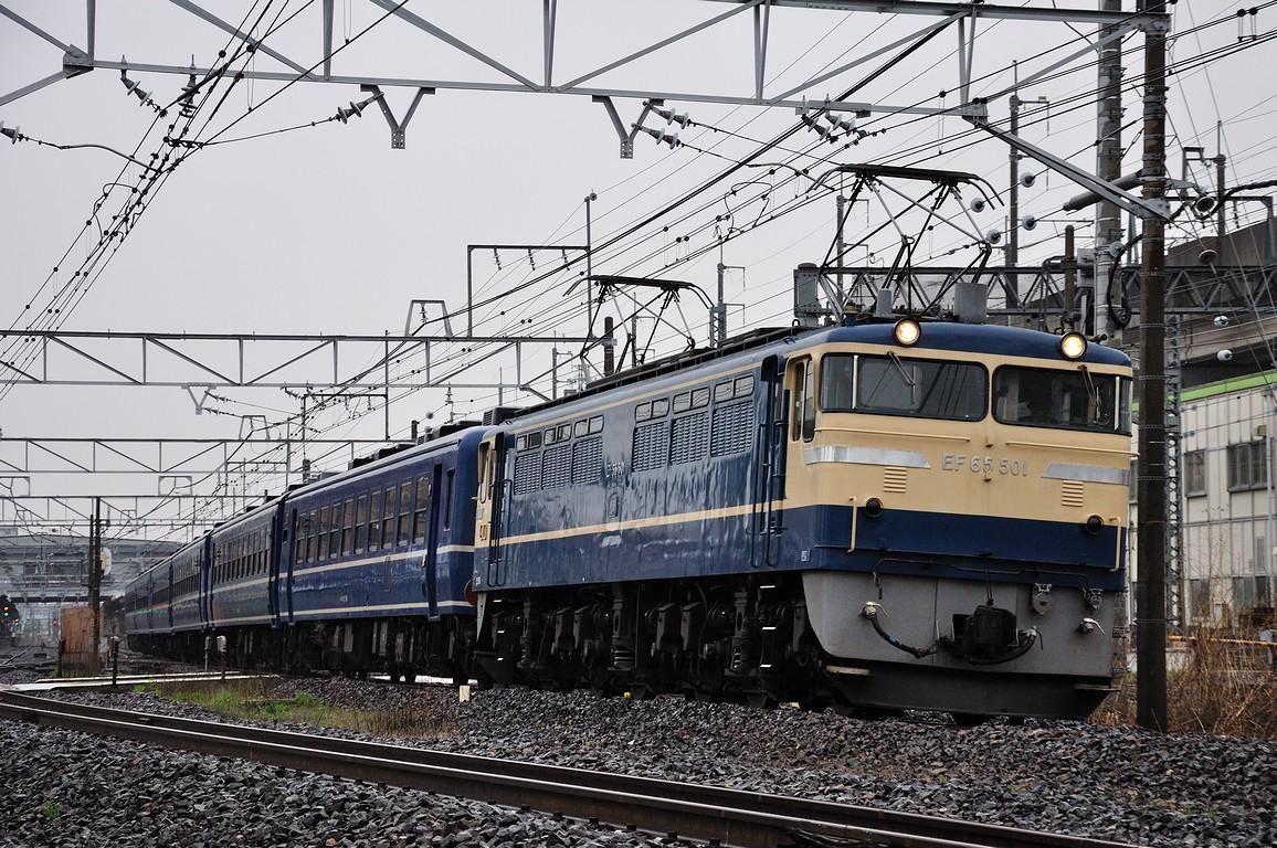 2012.04.26 1557_38(1) 久喜~新白岡 EF65 501+12系ts