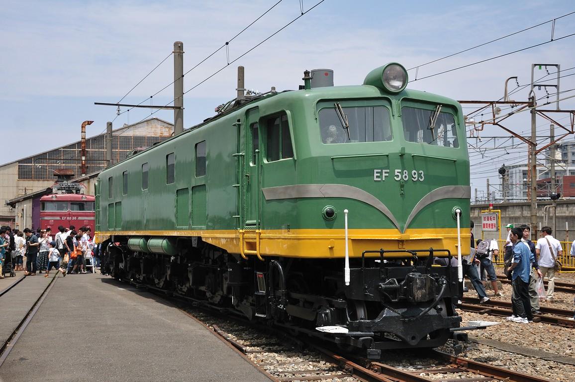 2012.05.26 1155_04(1) 大宮工場 EF58 93s