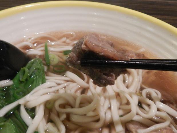 台湾ツアー2012 台北駅牛肉麺 (192)