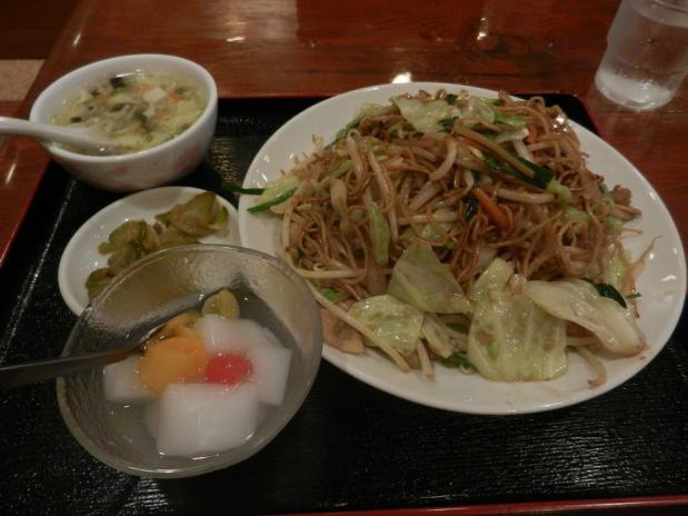 興興飯店 豚肉醤油焼きそば+(1)