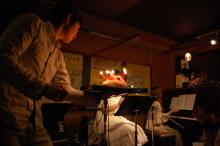 ピアノ弾き語りシンガーソングライター松本佳奈のblog-ケーキ登場