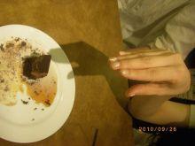 ピアノ弾き語りシンガーソングライター松本佳奈のblog-食べようとして…2