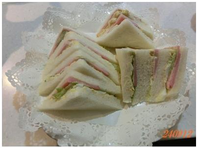 240913サンドイッチ朝食