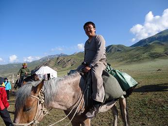アザマットさんも騎乗
