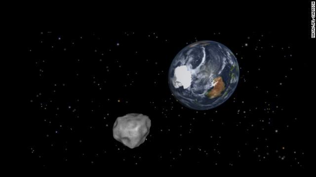 小惑星「2012DA14」は日本時間16日未明に地球に最接近=NASA/JPL-CALTECH提供