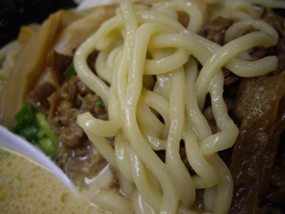 肉玉ラーメン ちゃんぷ 肉玉ラーメン(麺)