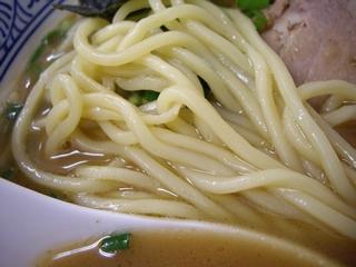 ちょっと美味しい中華食堂 大門 大門ラーメン(ちょっとこってり)(麺)