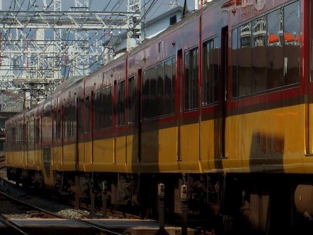 京阪8000系02