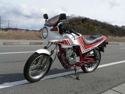 800px-CBX125F.jpg