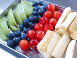 fruitsroll1.jpg