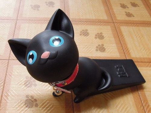 黒猫ドアストッパー