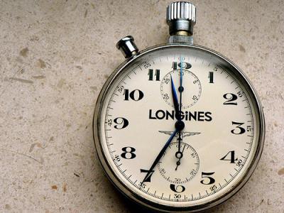 時計 カチャカチャ