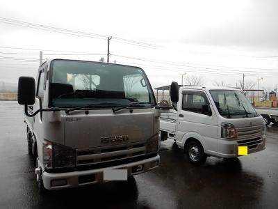 トラック新車 002