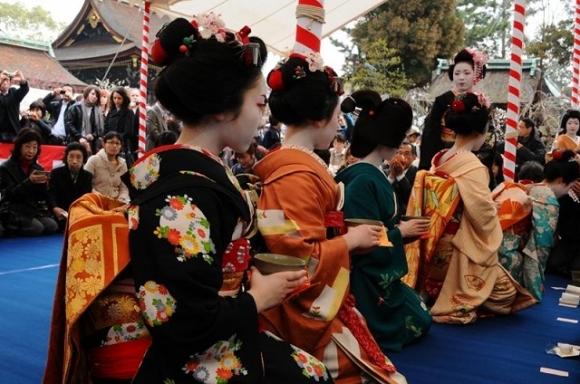 梅花祭 芸舞妓による野点1