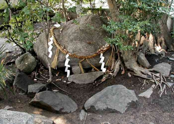 降星山光林寺の隕石
