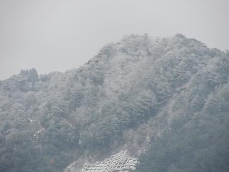 N3969六甲山脈
