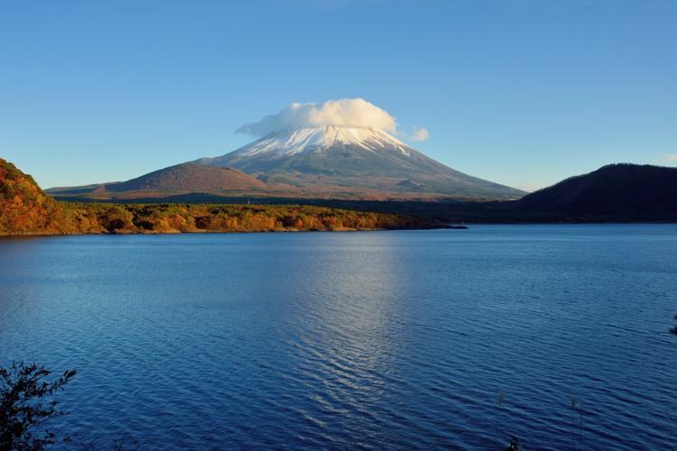 本栖湖の富士山1
