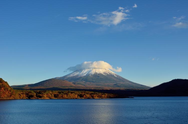 本栖湖の富士山2