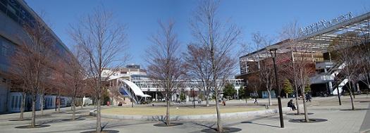 2011_0405_130945-DSC02443 パノラマ写真・おおたかの森駅前