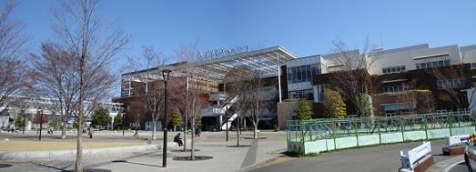 2011_0405_130954-DSC02444 パノラマ写真・おおたかの森駅前