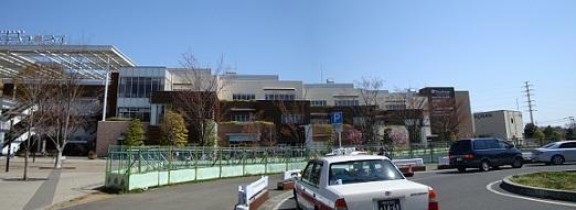 2011_0405_131000-DSC02445 パノラマ写真・おおたかの森駅前2