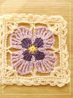 flowerMotif109-05.jpg