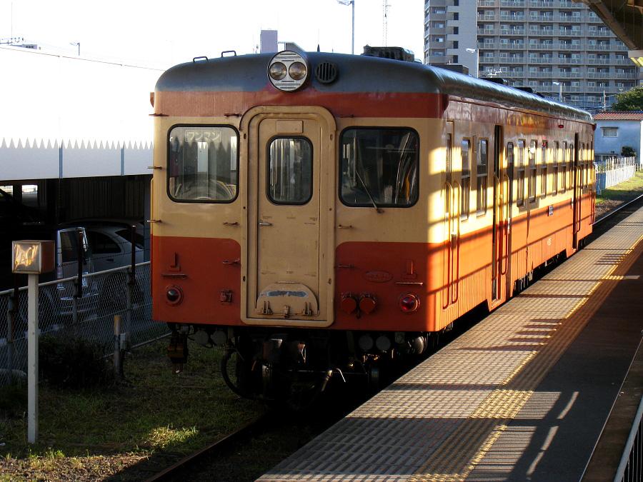 ひたちなか海浜鉄道 キハ205@常磐線勝田駅(by IXY DIGITAL910IS)