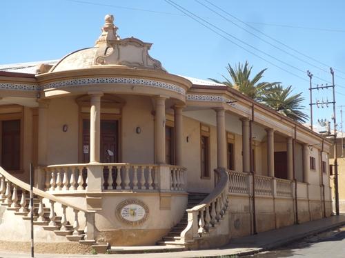 アスマラにはイタリア植民地時代の建物が残ります
