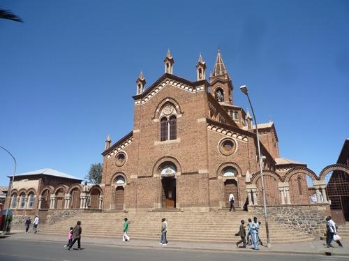 エリトリアの首都アスマラの大聖堂