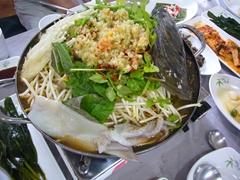 新鮮な海鮮を使った鍋料理!