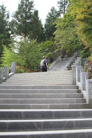 御嶽神社 階段