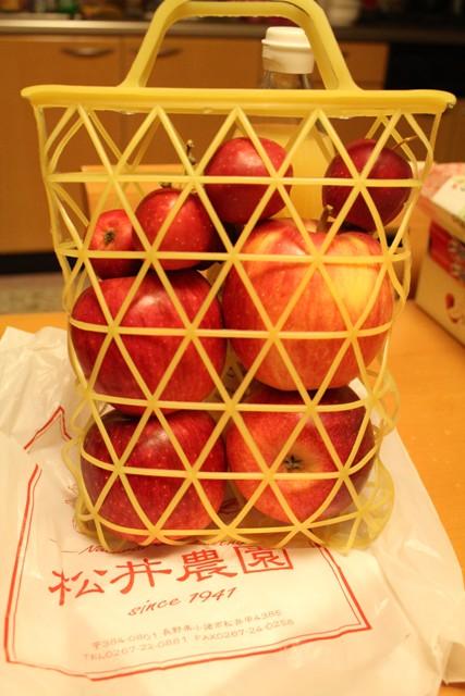 リンゴ狩りしたリンゴちゃん