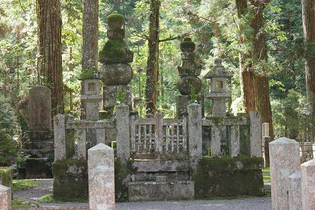 武田信玄公のお墓