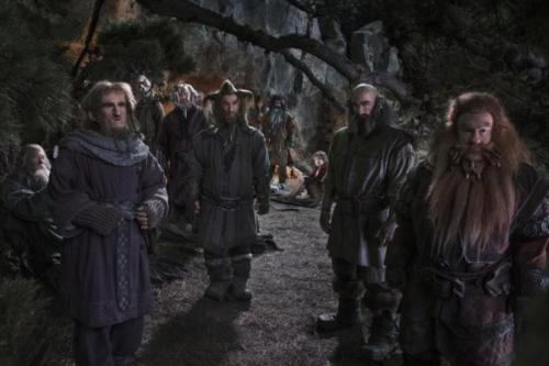 the-hobbit-an-unexpected-journey-dwarves1-600x400 (800x533)