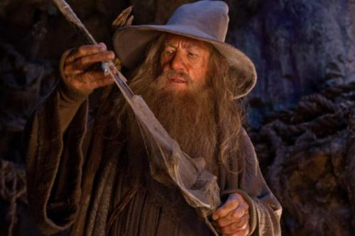 Ian-McKellen-in-The-Hobbit-An-Unexpected-Journey--585x390 (800x533)