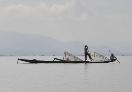 蓮糸のふるさと、インレー湖