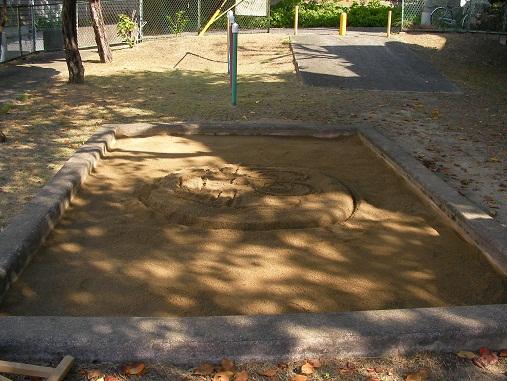 北の町第3遊園 砂場清掃後