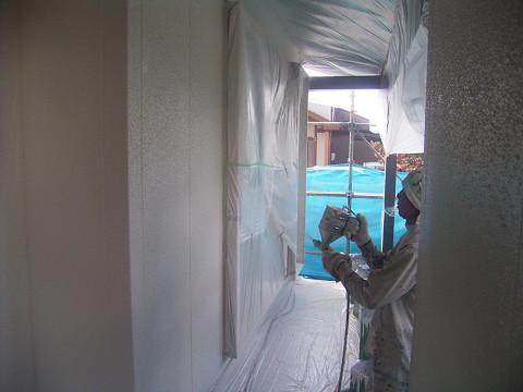 0777 外壁吹付工事