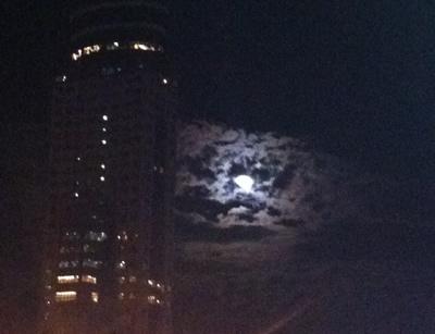 基隆廟口夜市月