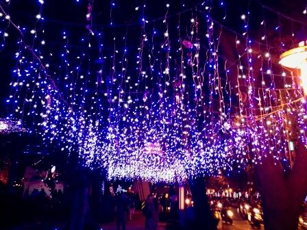 台北ランタン祭青い道