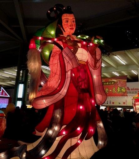 台北ランタン祭天女