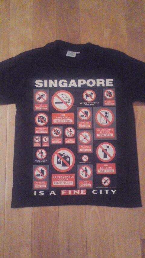 罰金Tシャツ。