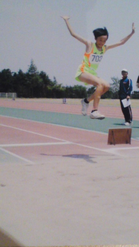 走り幅跳び。